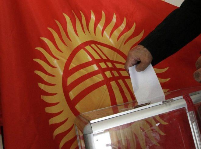 Жогорку Кенеш принял законодательный проект ореферендуме