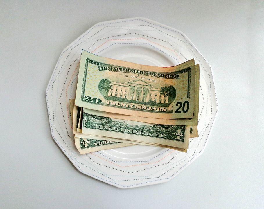 Сегодня белорусский руб. девальвировался ковсем основным валютам