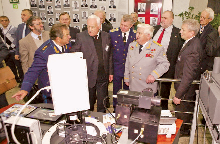 Minsk exhibition of space sci-tech goods
