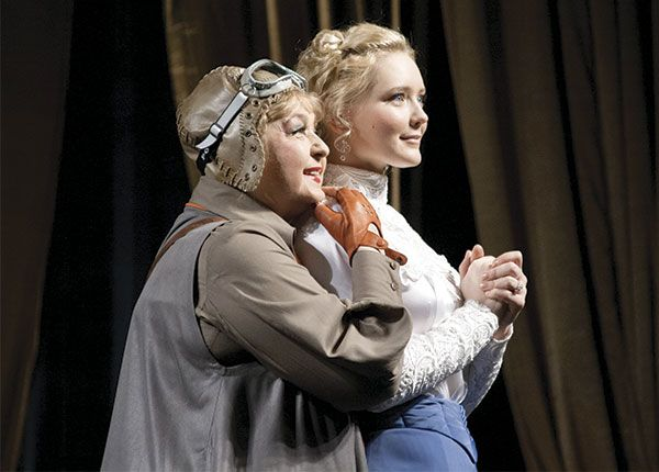 It is easy for young actors to play with Olga Klebanovich. Next to Yulia Kadushkevich as Elizabeth