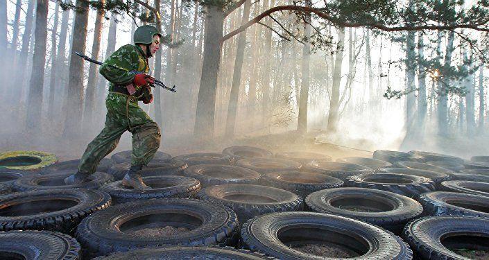 Лукашенко потребовал модернизировать систему подготовки военных кадров