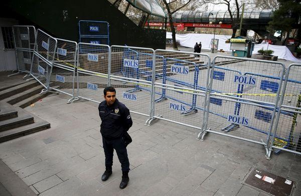 Генконсульство ФРГ вСтамбуле будет оставаться закрытым напротяжении пятницы
