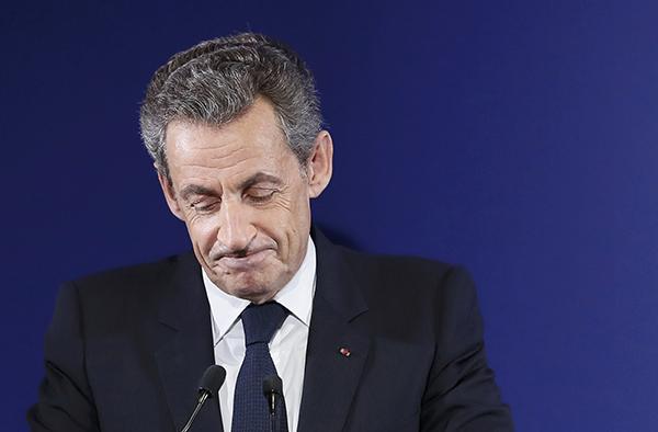Саркози проиграл праймериз и принял решение уйти изполитики