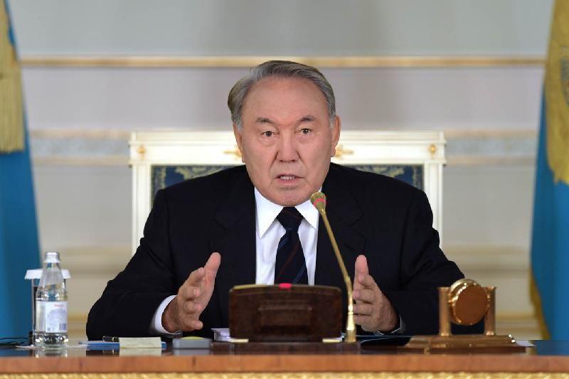 Назарбаев прокомментировал предложение переименовать Астану вего честь