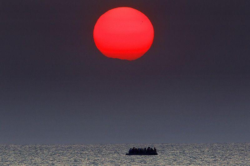 ВЕвропу поморю прибыли неменее 260 тыс. беженцев заполгода