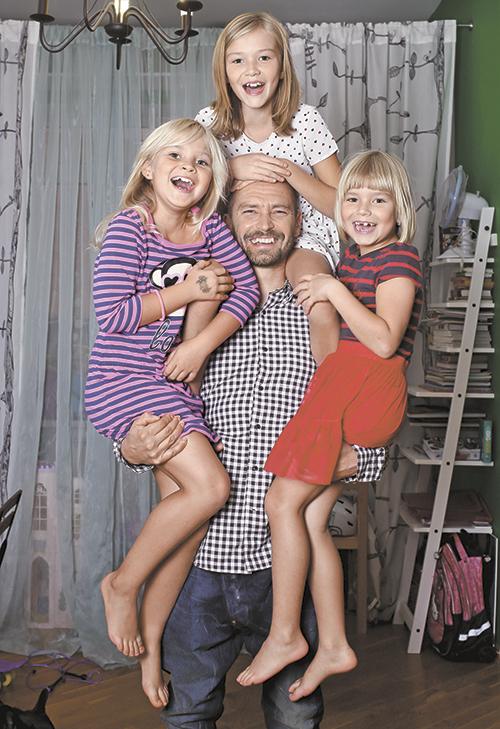 Матвейчук глеб фото семьи она
