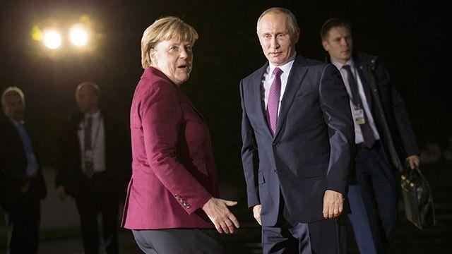 ВКремле остались довольны встречей «нормандской четвёрки» вБерлине