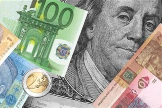 Курсы валют: доллар снова опустился ниже 20 тысяч