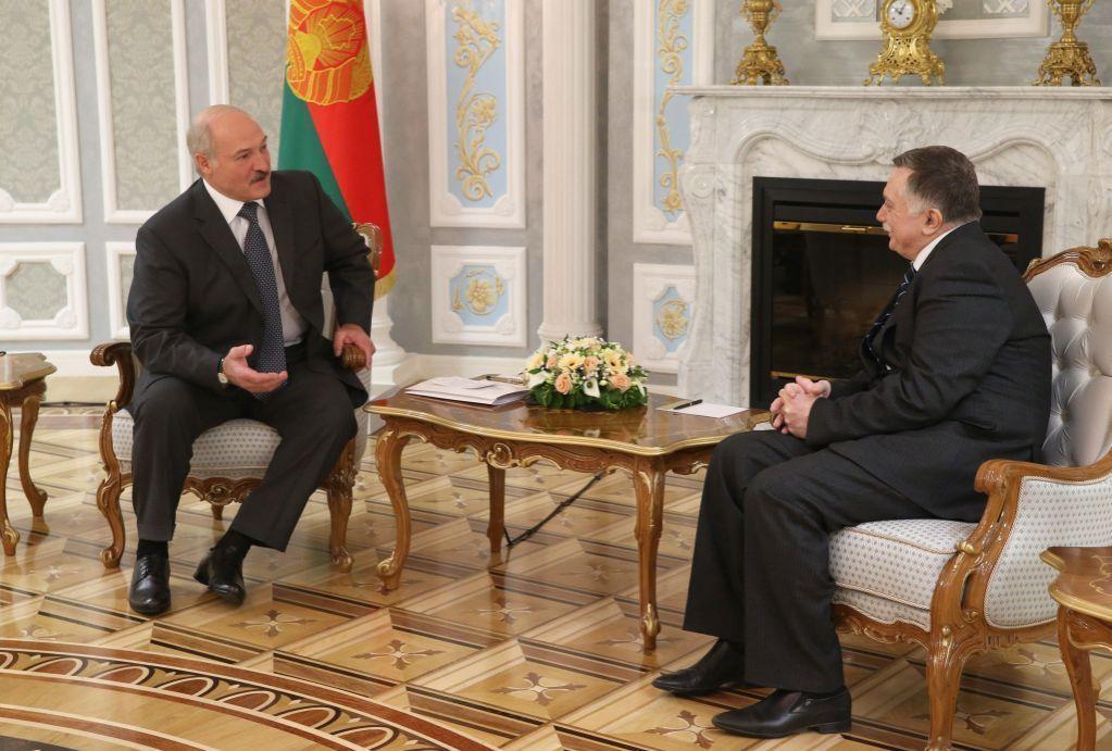 Лукашенко: между Белоруссией иАзербайджаном установлены крепкие отношения