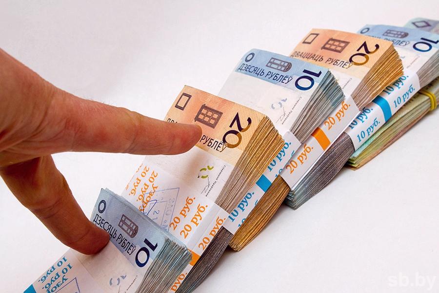 Весной средняя заработная плата белорусов подросла на7,5% (инфографика)