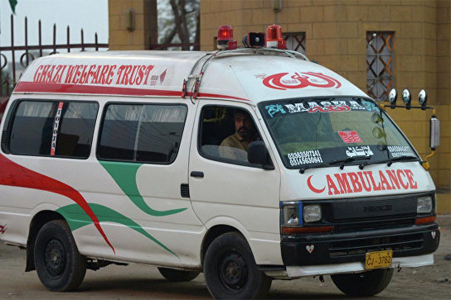 Практически двадцать человек пострадали впроцессе взрыва вПакистане