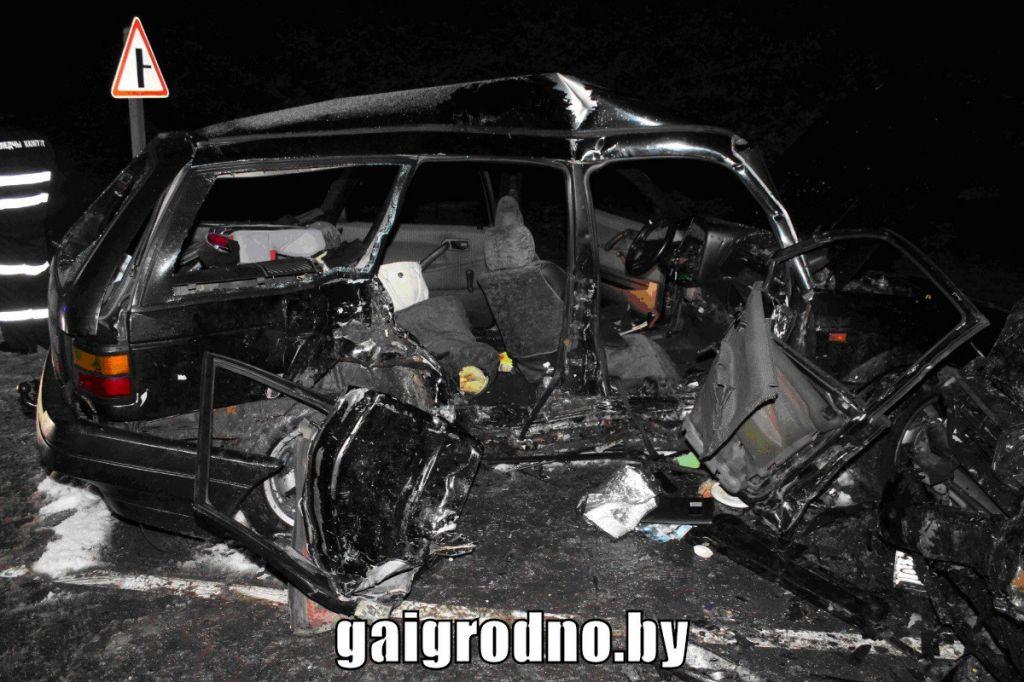 Серьёзная авария вДятловском районе: погибли два человека