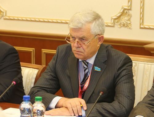 Наблюдатели отСНГ встретились спредседателем ЦИК Беларуси