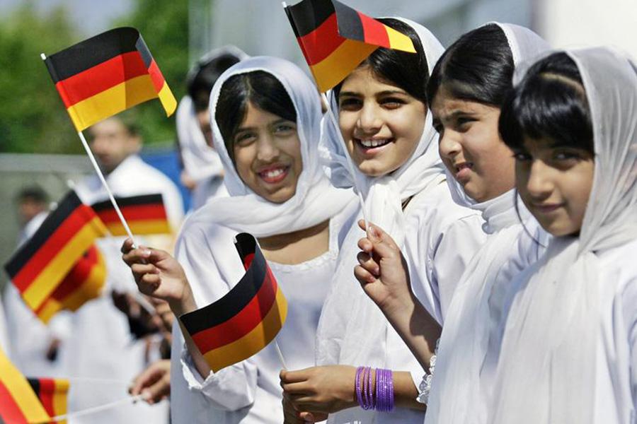 Детям-мусульманам воспрещено молиться внемецких школах