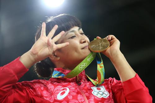 Валерия Коблова завоевала серебро вРио всоревнованиях поборьбе