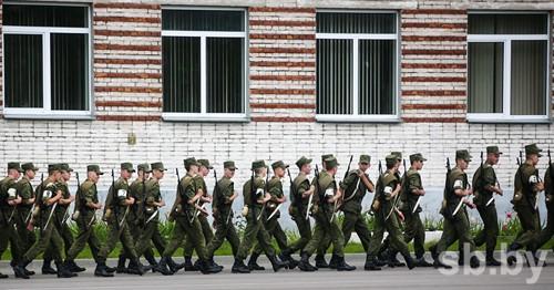 ВБресте на1,5 года осудили «деда», издевавшегося над молодыми бойцами