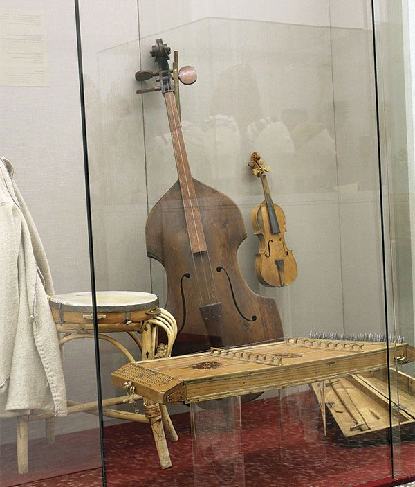 Similar to a violoncello, the basetlya is an old  Belarusian bow instrument
