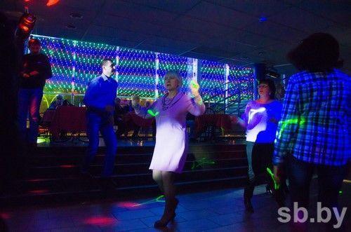 я на дискотеке в ночном клубе в могилеве