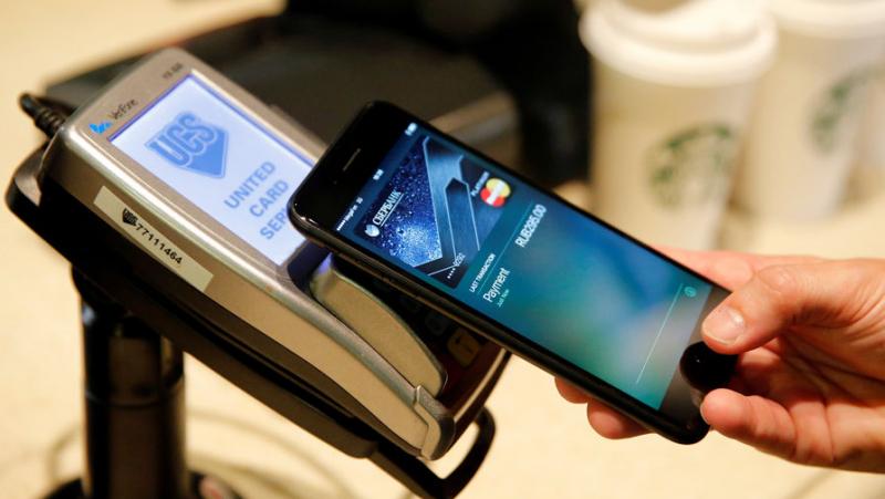 Смомента начала продаж iPhone прошло 10 лет— Apple празднует юбилей