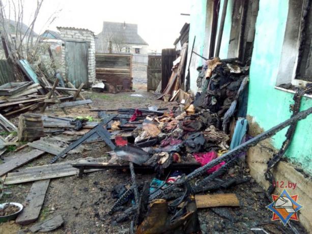 Шесть человек погибли напожаре вжилом доме вКричеве