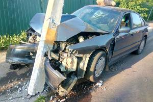 Речичанин возьми Honda Accord врезался во опору ЛЭП, лишив жителей округи электричества