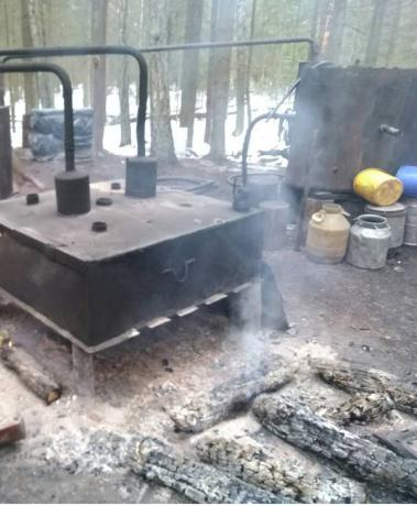 Пружанские милиционеры накрыли мини-завод по производству самогона в Гродненской области