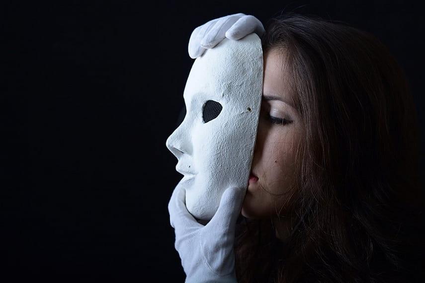 картинки мы прячем свои лица