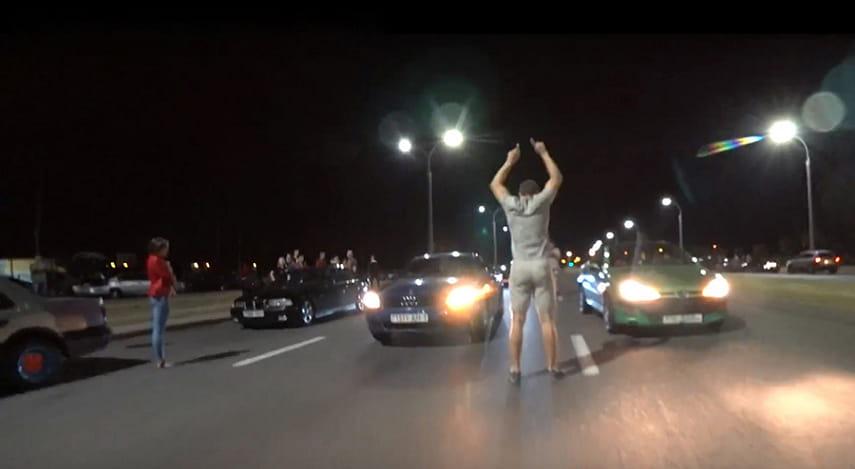 Нелегальные ночные гонки в Бресте спровоцировали не одну аварию