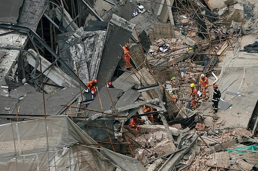 Возросло количество жертв рухнувшего здания— катастрофа вШанхае