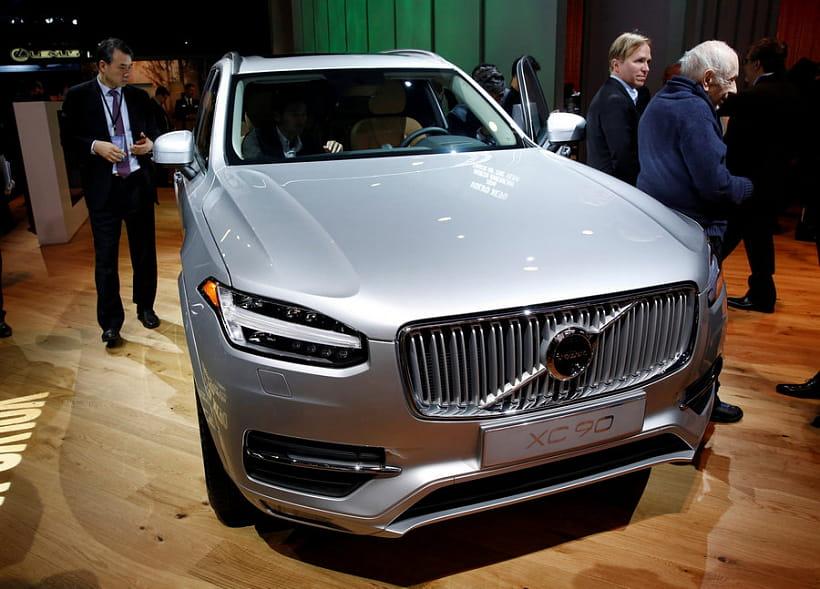 Хватит гонять: технология Вольво Cars Care Key принудительно ограничивает скорость частных авто