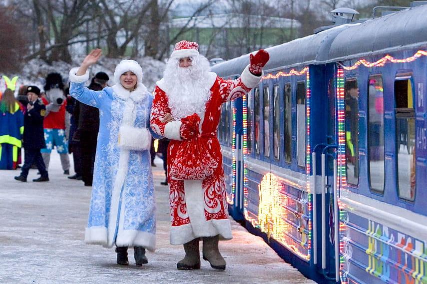 Новогодний поезд из Минска в поместье Деда Мороза в Беловежской пуще начнет курсировать с 10 декабря