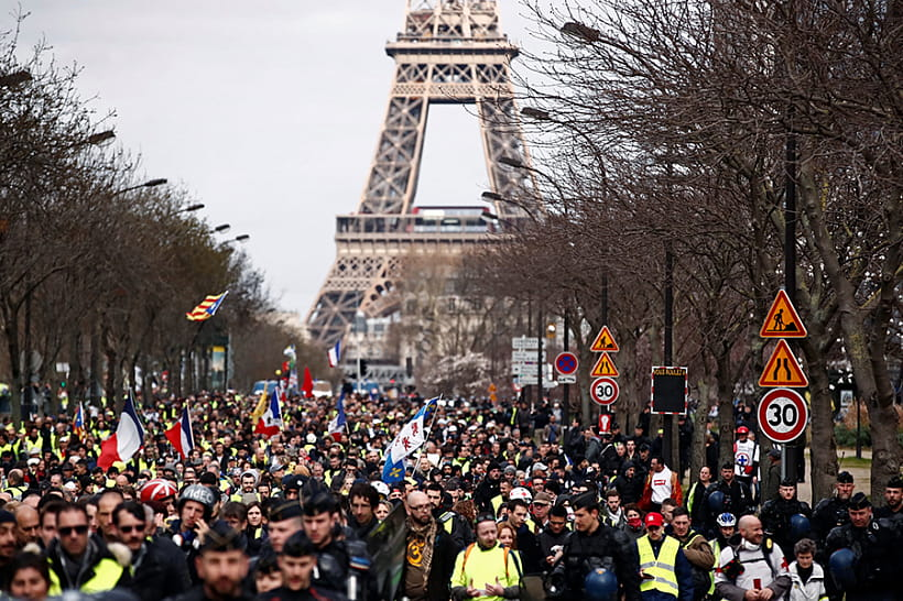Встолице франции  задержаны 33 участника движения «желтых жилетов»