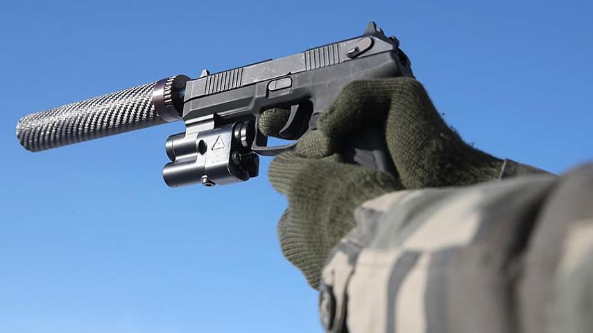 Разработчики пистолета «Удав» заявили о его принятии на вооружение