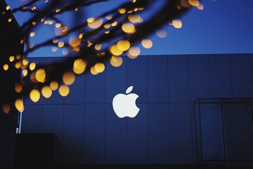 Apple обещает до 1 млн долларов за обнаружение уязвимостей в iPhone