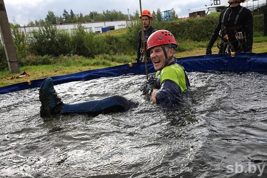 Как проходят соревнования по многоборью спасателей под Борисовом 14
