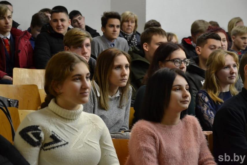 Брестская область перевыполнила план по отбору кандидатов в Военную академию
