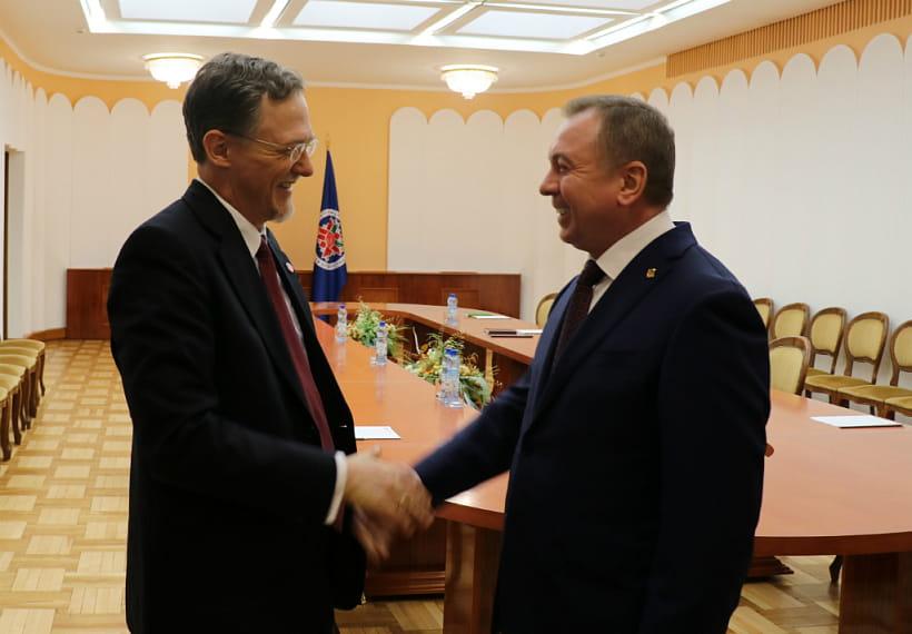 Минск объявил США оснятии ограничений начисло американских дипломатов