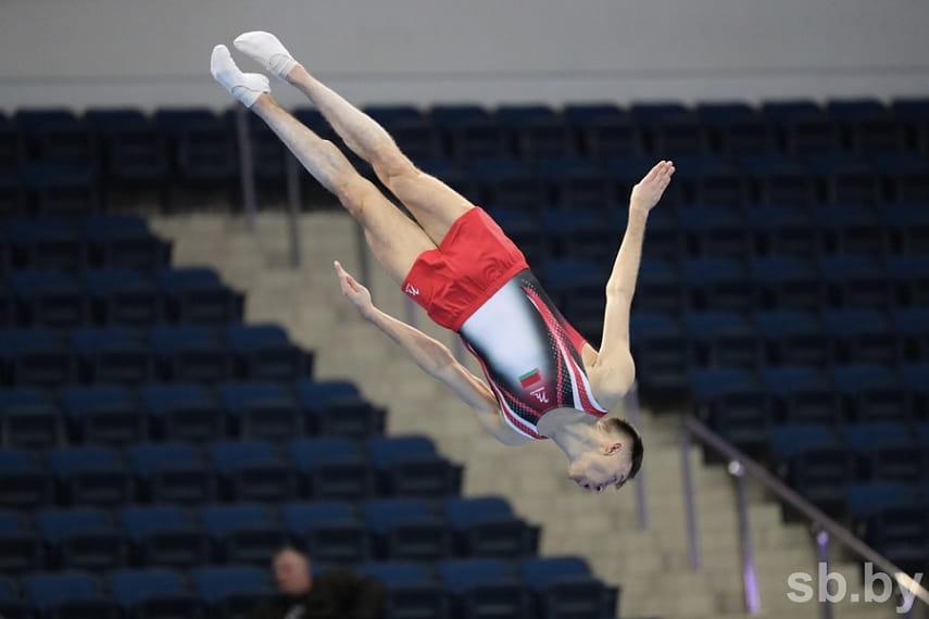 прыжки на батуте фото меркулова ритуальные
