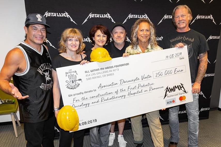 Metallica пожертвовала 250 тыс евро на строительство первой в Румынии детской онкобольницы