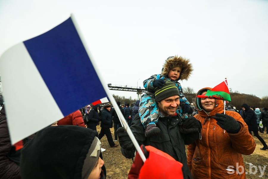 Парад униформистов и заплыв на Березине. Подборка лучших фото с фестиваля к годовщине войны 1812 года 8