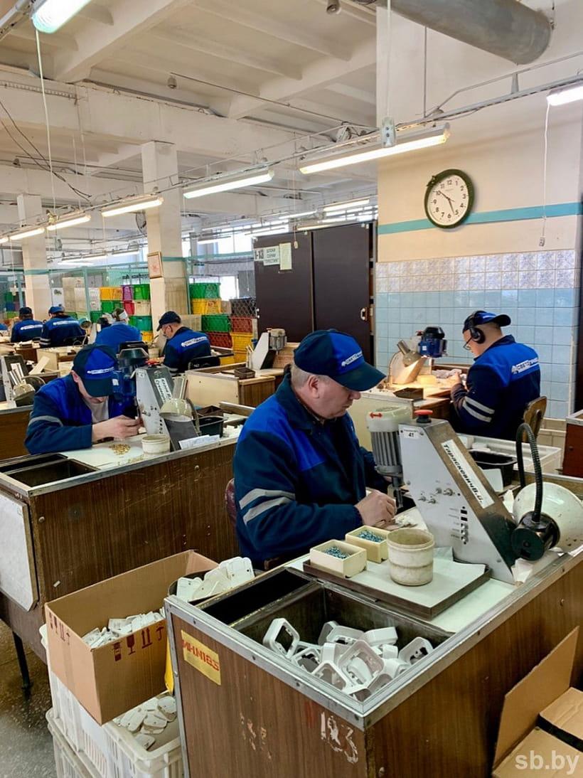 В Беларуси инвалидам по зрению помогают с трудоустройством 3