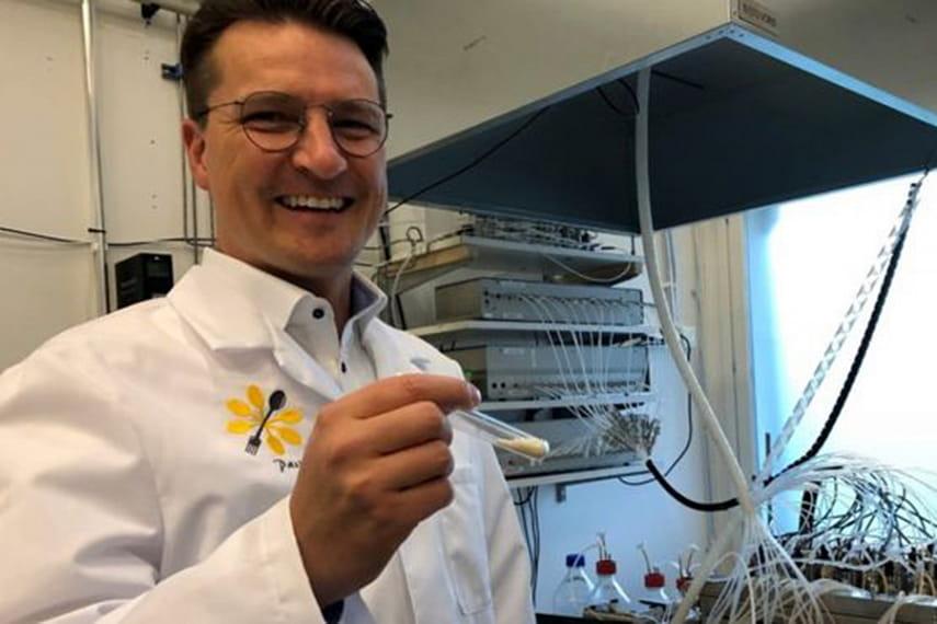 Ученые в Финляндии начали создавать еду из воздуха, воды и электричества