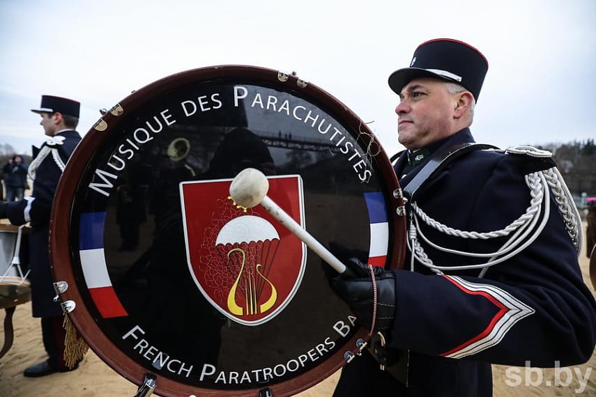 Парад униформистов и заплыв на Березине. Подборка лучших фото с фестиваля к годовщине войны 1812 года 10
