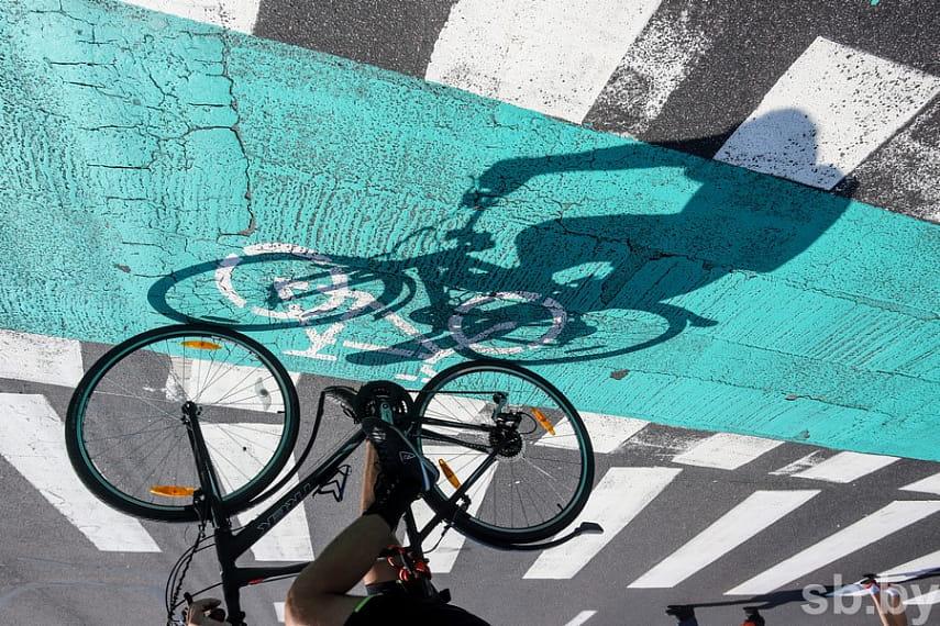 Госавтоинспекция рассматривает варианты допуска велосипедистов на проезжую часть
